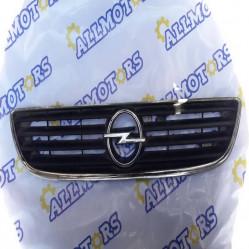 Opel Zafira 2000 г., решётка радиатора б/у (90580685)