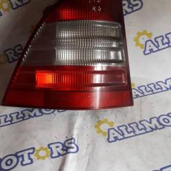 Mercedes-Benz ML 2000 год, стоп сигнал задний левый