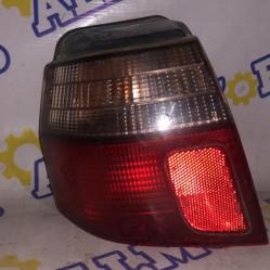 Mitsubishi Galant (универсал) 2000 год, стоп сигнал задний левый