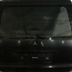 Mercedes-Benz ML 2002 год, крышка багажника голая