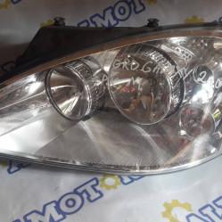 Ford Galaxy 2000 г., фара левая