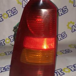 Ford Focus 2000 год (универсал), стоп сигнал задний левый
