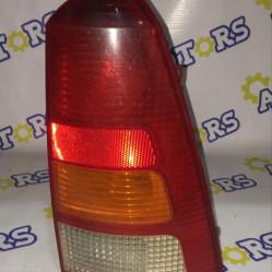 Ford Focus 2000 год (универсал), стоп сигнал задний правый