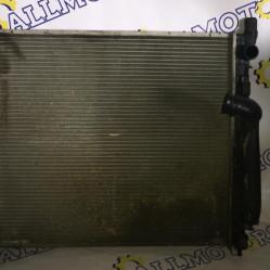 Mercedes-Benz ML 2002 год, v-2.7 CDI, радиатор охлаждения двигателя