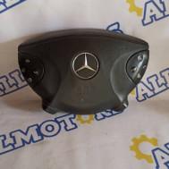 Mercedes-Benz W211, рулевая подушка безопасности