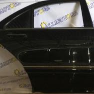 Mercedes-Benz W220 2000 года, дверь задняя правая