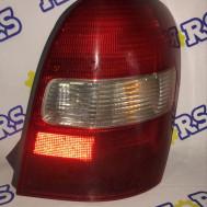 Mazda 323 F 2000 год, стоп сигнал задний правый