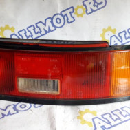 Mazda 323F 1990 год, стоп сигнал задний правый