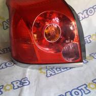 Toyota Avensis (седан) 2004 год, стоп сигнал задний левый