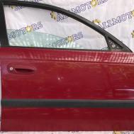 Toyota Avensis 2000 год (седан), передняя правая дверь
