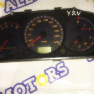 Daihatsu YRV, щиток приборов