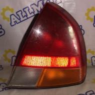 Mitsubishi Carisma 1998 год( хэтчбэк), стоп сигнал задний правый