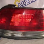 Mitsubishi Galant (седан) 1999 год, стоп сигнал задний правый
