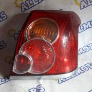 Toyota Avensis (хэтчбек) 2004 год, стоп сигнал задний правый