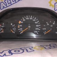 Mercedes-Benz W210 1997 г., щиток приборов (дизель)