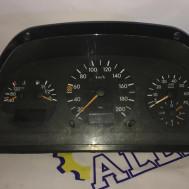 Mercedes-Benz Vito W638, v-2.8 бензин, щиток приборов