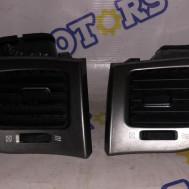 Toyota Avensis Verso, дефлекторы с панели