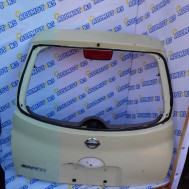 Nissan March, крышка багажника