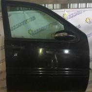 Mercedes-Benz ML 2002 год, дверь передняя правая
