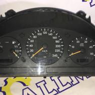 Mercedes-Benz ML 2002 год, v-2.7 CDI, щиток приборов