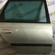 Toyota Avensis (универсал) 2002 год, дверь задняя правая